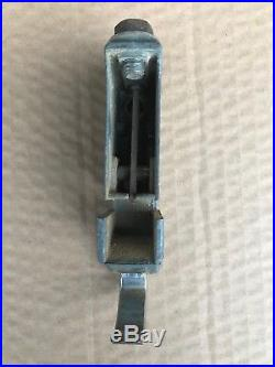 Delta Rockwell Table Saw Fence Rear Slide Block Clamp use with 1 1/8 dia. Rails